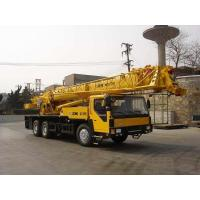 Buy cheap Professional XCMG Truck Crane / 25 Ton Truck Crane With Cummins Engine from wholesalers