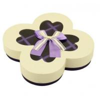 China Texture Customized 250G Peral Paper Gift Chocolate Packaging Boxes , Wedding Favor Boxes With Ribbons on sale