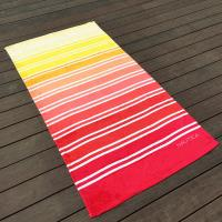 Gradient Multi Color Printed Beach Towels Comfortable Touch Surface