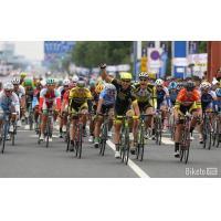 Buy cheap Road Racing Carbon Fiber Racing Bike Rims Lightweight Clincher Wheels 700C product