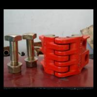 Quality oil wellhead API 8C polished rod clamp with high quality from china supplier for sale