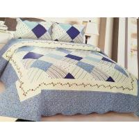 Comfotable Quilt Bedding Set , Cotton Comforter Sets Border In Wave Or Straight