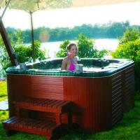 Buy cheap Beautiful spa outdoor hottub jacuzzi SR-830 from wholesalers