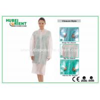 Protective Clothing PP Disposable Lab Coats For Women , Disposable Coveralls With Zip