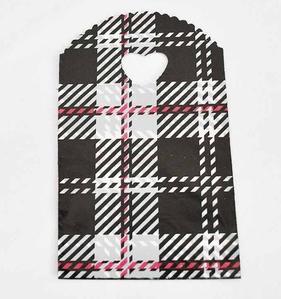 Custom design printed t shirt plastic shopping bags for Custom plastic t shirt bags