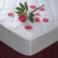Buy cheap OEM Customized Quilted White Water Proof Hotel Mattress Protectors, zippered mattress cover from wholesalers