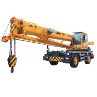 Mobile Crane Engine : High power rough terrain mobile crane lifting rt with