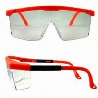 Buy cheap Industrial Safety Glasses with Polycarbonate Frames and Adjust Arms from wholesalers