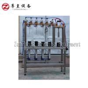 Buy cheap 330ml / 500ml Manual Beer Bottling Machine , Automatic 4 Head Beer Bottle Filler product