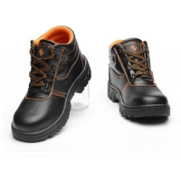 Buy cheap Petroleum Chemical Electricity Anti Smashing Anti Puncture safety Shoes Worker Protective Shoes from wholesalers