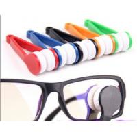 Buy cheap Portable Anti-Fog Microfiber Eyeglass Cleaner , Plastic Spectacles Cleaner from wholesalers