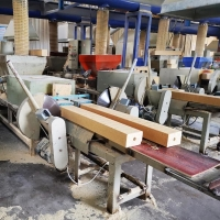 Buy cheap Hot Press European Sawdust Moulded Wood Pallet Block Making Machine from wholesalers