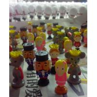 Buy cheap Polyresin Men and Women Lift Size Statues Promotional Gift from wholesalers
