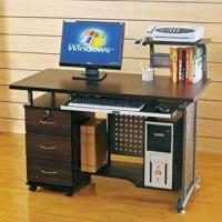 Buy cheap Computer Desk with 6mm Top Toughened Glass and Paint Iron/Flakeboard from wholesalers