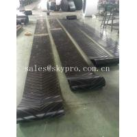 Buy cheap Heavy Duty Roller Canvas Conveyor Belt For Sand Conveying Machine , Flat / Cut Edge Type product