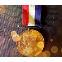 Buy cheap Metal Military Medals And Ribbons Gold Plating For Decorations / Award from wholesalers