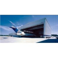 Pre Engineered Clear Span Steel Buildings Roll - Up Doors For Aircraft Hangars