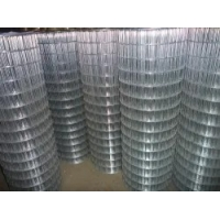 China Galvanized Powder Coated Welded and 3 Hole Black Plastic  Wire Mesh Panels/Sheets on sale