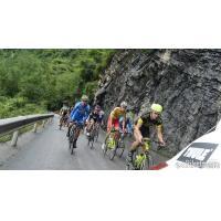 Buy cheap 30mm Tubular Carbon Fiber Road Bike Wheels 700C Carbon Rims product