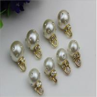 Buy cheap High-grade handmade jewelry accessories zinc alloy gold metal rhinestone pearl pendant button from wholesalers
