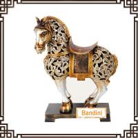 China New Style hand-painted handicrafts poly resin crafts resin handicraft trophy A0477B on sale
