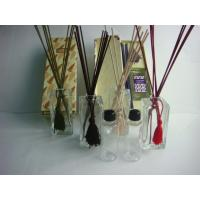 Buy cheap Eco - Friendly Clear Glass Reed Diffuser Set With 150ml Perfume Oil product