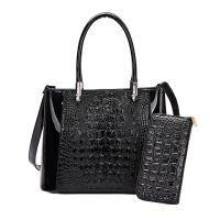 Buy cheap China Guangzhou Supplier Western Style design customized ladies tote leather hobo handbag women classic handbag from wholesalers