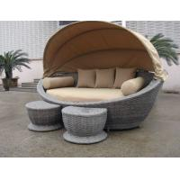 Luxury Comfortable Roofed Cane Daybed , Wicker Garden Oval Daybed