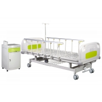 Buy cheap Central Brakes 50 Degrees Manual Crank Hospital Bed from wholesalers