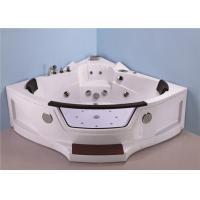 Quadrant Shape Corner Whirlpool Bathtub For Small Bathroom ABS Material