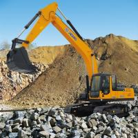 Buy cheap XCMG XE235C 23.5 Ton Hydraulic Heavy Earth Moving Crawler Excavator 1.0-1.1 m³ from wholesalers