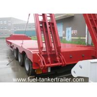 China 13m x 3m 3 Axle Low flatbed truck trailer with hydraulic ladder with 4mm checkered plate on sale