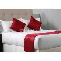 Buy cheap 200TC King Size Hotel Bed Sheets With Polyester Red Runner , Contemporary Luxury Bedding from wholesalers