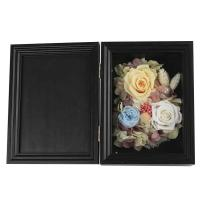Buy cheap Colorful Dried Flower Photo Frame Eco Friendly Great For Christmas Decoration from wholesalers