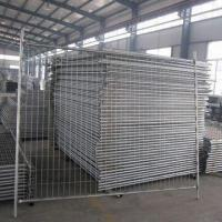 China Temporary Fence, Made of Round Pipe, with Weld Mesh or Chainlink Mesh on sale