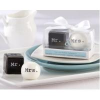Buy cheap 2013 Mr and Mrs ceramic salt and pepper shaker wedding favors from wholesalers