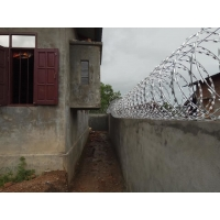 Buy cheap BTO-22 450mm Coil 316 Stainless Steel Razor Wire from wholesalers