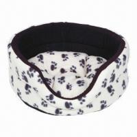 China Fleece Oval Dog Bed with Paws Print on sale