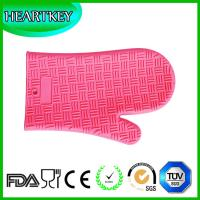 Buy cheap Amazon Hot Selling Heat Resistant BBQ Grill Oven Mitt / BBQ Grill Oven Silicone Glove from wholesalers