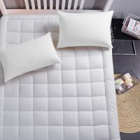 Buy cheap Luxury mattress Collection 100% Cotton 300 Thread Mattress Pad Cover Down Hotel Use Alternative Pillowtop Mattress Toppe from wholesalers