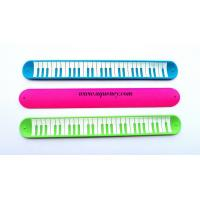Buy cheap New design Silicone Slap Ruler Bracelet, color Silicone Snap Bracelet Ruler,free sample from wholesalers