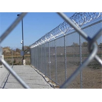 Buy cheap 1.5m Wide 2.5mm Wire Metal Chain Link Fence For Farm from wholesalers