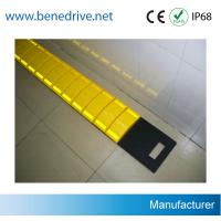 Buy cheap Driveway Removable Speed Bumps , Recycled Rubber Temporary Speed Bumps from wholesalers