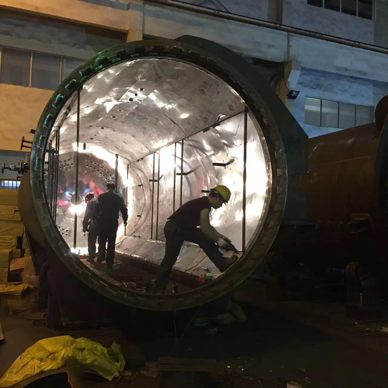 Buy cheap Rubber Vulcanizing Autoclave With Safety Interlock , Automatic Control High Temperature And Low Pressure from wholesalers