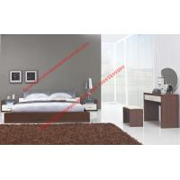 Buy cheap Modern italian fabric upholstery pad for gloss bedroom furniture by bed and nightstand from wholesalers