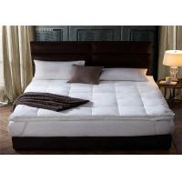 China 200GSM 20% Polyester / 80% Cotton Hotel Bed Mattress Topper Queen Size on sale