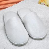 Buy cheap Unisex Closed Toe Disposable Spa Slippers , Washable / Reusable Hotel Room Slippers from wholesalers