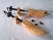 Buy cheap Two Way Wooden Cheap professional Shoe stretcher Trees Fit shoe sizes from 5-10cm from wholesalers