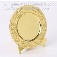 Buy cheap Gold plated metal memorial plate with display stand, highly detailed gold souvenir plates, from wholesalers