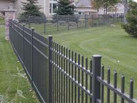Buy cheap aluminum fencing from wholesalers